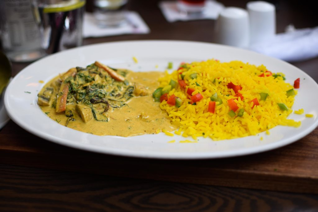 where to eat in pretoria lunch and turn n tender kollonade (3)